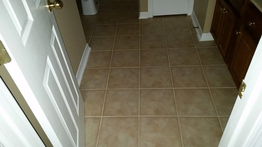 Picture of a Tile & Grout cleaning job in Daphne, Alabama by Absolutely Kleen
